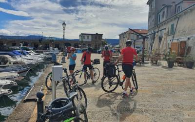 Удовольствие от езды на велосипеде по Поречанке