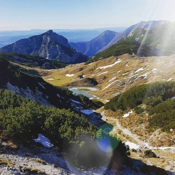 Good Day Saturday!  Sunshine Vodotočno jezero (1850m), Dleskovška Planota  #ifeelsLOVEnia #mojaslovenija #sloveniaoutdoor #staysafe   Photo by @mancakorelc.