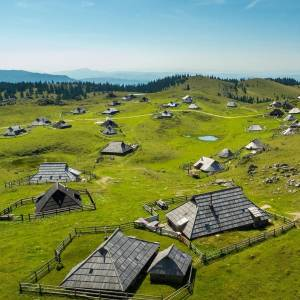 Do you know where this photo was taken? If you've ever been to Velika Planina, then you recognize the herdsmen's huts - the symbol of the plateau. There are about 140 huts altogether, some of them even open to visitors to spend a night in and experience the shepherd's life.  Photo by @studioproductionhouse. What is your way of discovering Slovenia? Show us by tagging your posts with #ifeelsLOVEnia and #myway.  #slovenia #slowenien #velikaplanina #adventurediscovery #beautifulmountains #wanderlove #travelforlife #traveltogether #starttheadventure #letsflyawayto #roamtheworld #places_to_be_free #ig_europa #tripofalifetime #roamerground #welltravelled #landscape_lovers #passportexpress #justbackfrom #followmetoo #the_daily_traveller #travelworld_addiction #travelshoteu #getoutstayout #bbc_travel #wandern #instatravellers #forceofnature