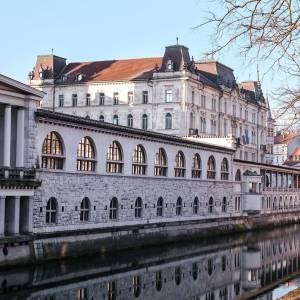 The beautiful capital - Ljubljana, over and over charming ❤️✍️  A city with rich history, an artistic touch, with a soul of a Capital.   #ifeelsLOVEnia #mojaslovenija #staysafe #visitljubljana   Photo by @sandrapotisek