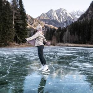 Experience winter fun in the snow and on the ice. #ifeelsLOVEnia #myway ⁠ ⁠ IMPORTANT: Please, be careful if skating on natural ice rinks - get youself well informed about the conditions before you step on ice  ⁠ ⁠ Photo by @iztok_medja. ⁠ ⁠ #wildernnessculture #slovenia #jezersko #photooftheday #travelgram #nature #wanderlust #travel #adventure #hiking #explore #thatsdarling #flashesofdelight #liveauthentic #pursuepretty #lookslikefilm #thehappynow #risingtidesociety #finditliveit #nothingisordinary #calledtobecreative #loveauthentic #passionpassport #travelphotography #travelawesome #wonderful_places #bestvacations #neverstopexploring