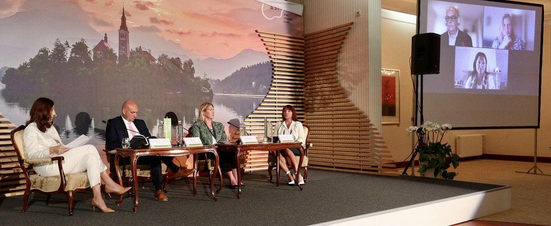Turistični panel v okviru Blejskega strateškega foruma izpostavil ključne izzive evropskega turizma