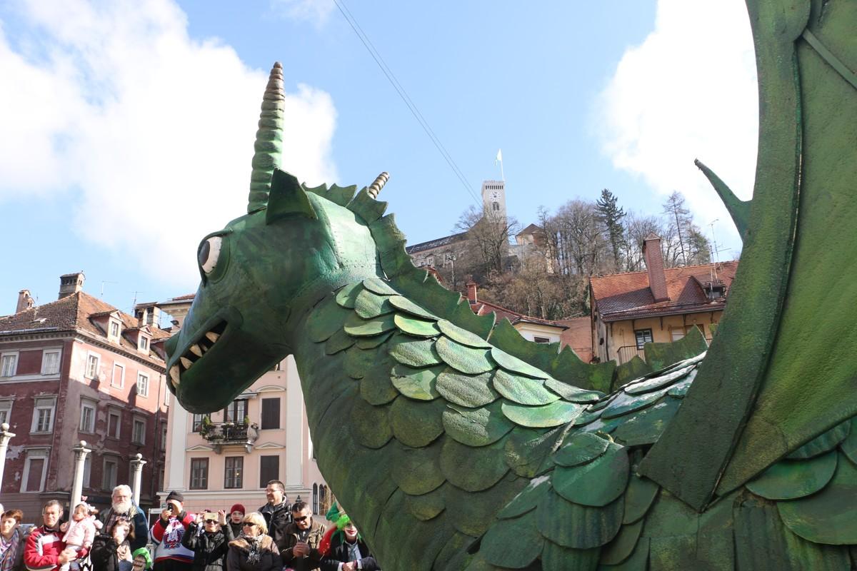 Drachenkarneval in Ljubljana - Karnevalsfest auf Ljubljanas Straßen