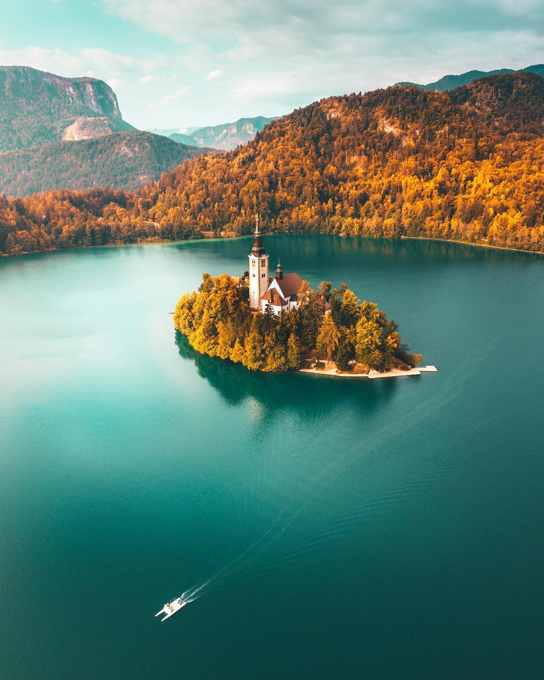 THE WONDERFUL LAKE BLED  This beautiful Alpine lake with the only island in Slovenia has been a world - known paradise for centuries. Impressing visitors with its natural charm all over again, wealth of legend, and special powers to restore well-being.  Relax your mind, calm your spirit and renew your travel experiences at this beautiful spot nature has given to us. Thanks @yantastic for sharing your photo with #ifeelsLOVEnia.