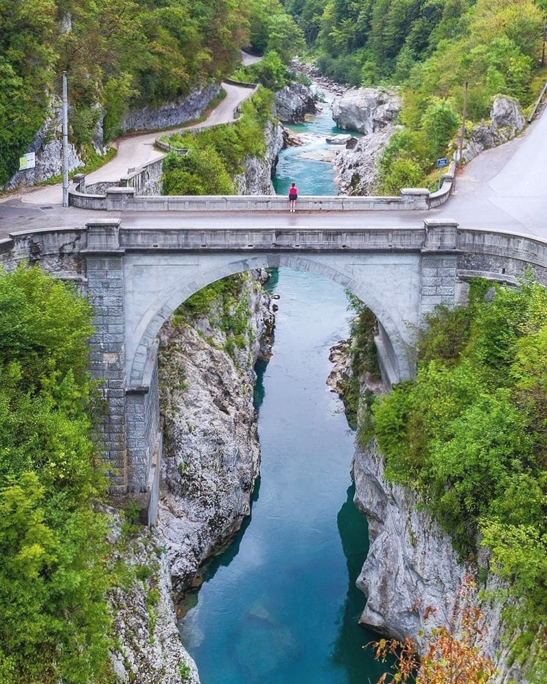 Oh My, what a view.  For all of you nature admirers, history lovers and much more.  Napoleon Bridge in Kobarid.  So peaceful, so unforgettable. ️ Thanks @jostgantar for sharing your photo with #ifeelsLOVEnia.