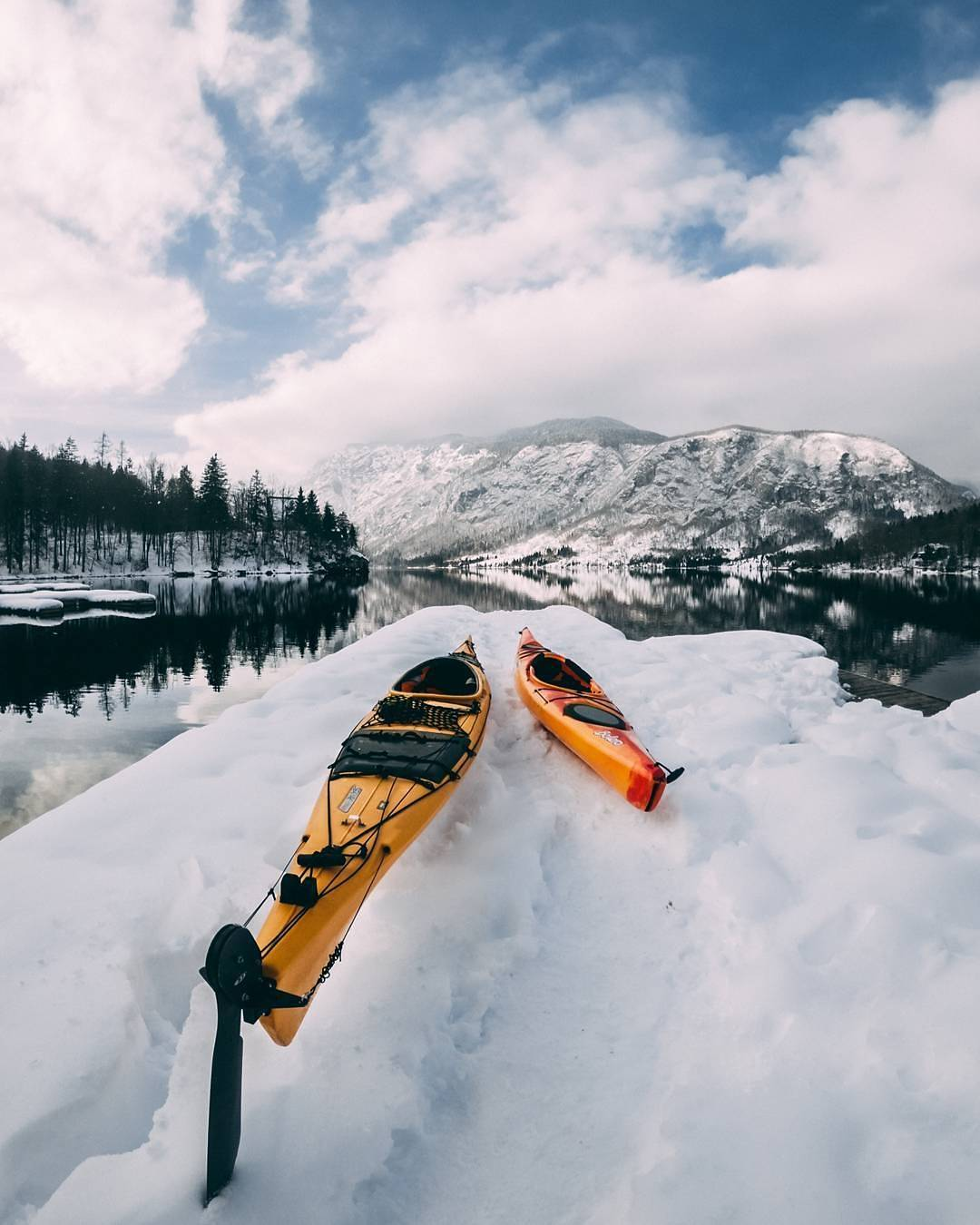 That's another level of adventure. It's important to make friends with the cold before trying this.  Thanks @admirfazlija for sharing your photo with #ifeelsLOVEnia.