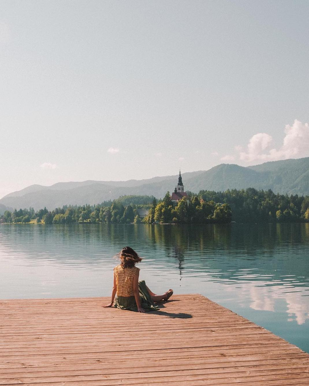 Catch the last traces of summer ️ and at the same time the first autumn  breezes. And after this; just enjoy the beautiful scenery of Bled Island, the only island in Slovenia.  Thanks @jessomewhere for sharing your photo with #ifeelsLOVEnia.