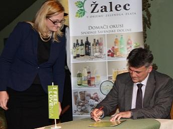 Občina Žalec podpisala Zeleno politiko slovenskega turizma