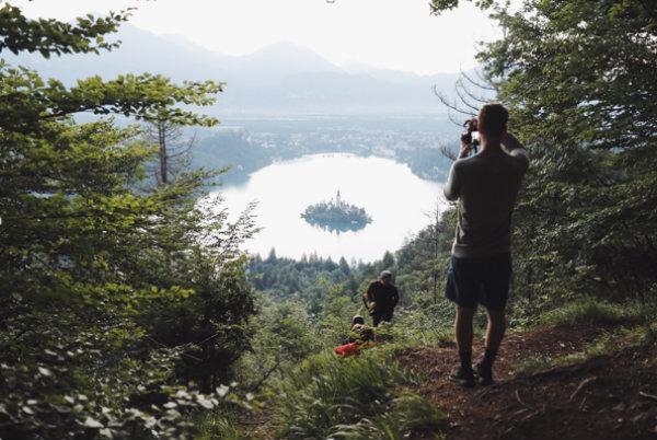 Slovenija skozi oči vrhunskih fotografov z milijoni sledilcev na Instagramu