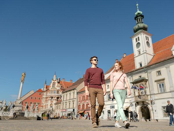 Tuji turisti, ki so v letu 2019 bivali v slovenskih hotelih, so jeseni povprečno potrošili 157 EUR/dan