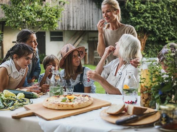 Odprti so pozivi za vstop v Zeleno shemo slovenskega turizma, ki vključuje tudi nov znak Slovenia Green Cuisine